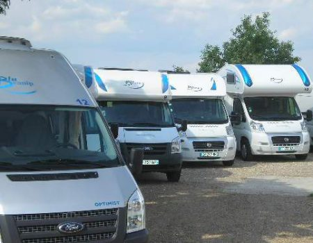 10 tips for planning a campervan convoy with friends