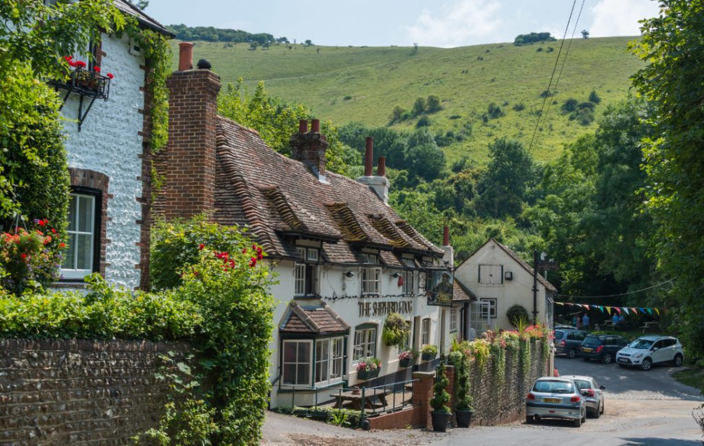 Stay at English Pubs in your campervan