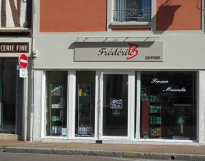 Frederic B - an English-speaking hairdresser in Sens, Burgundy