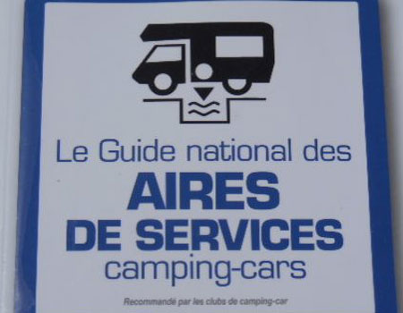 Where can I service my campervan's fresh & waste water in France?