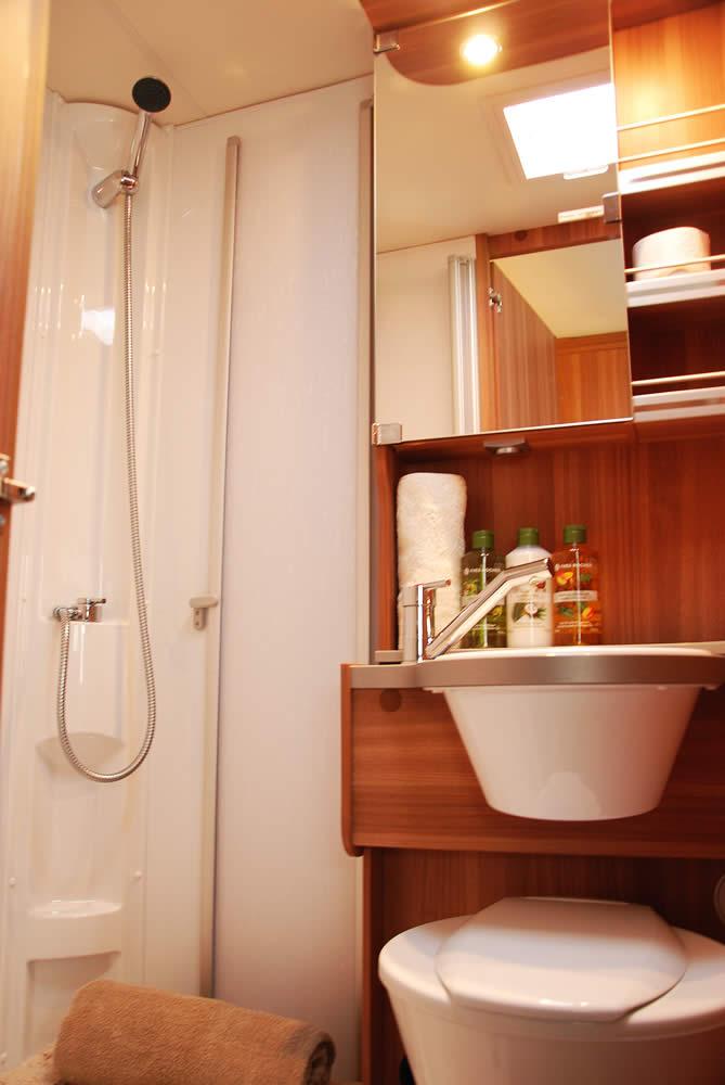 Euro-Voyager Prestige motorhome bathroom