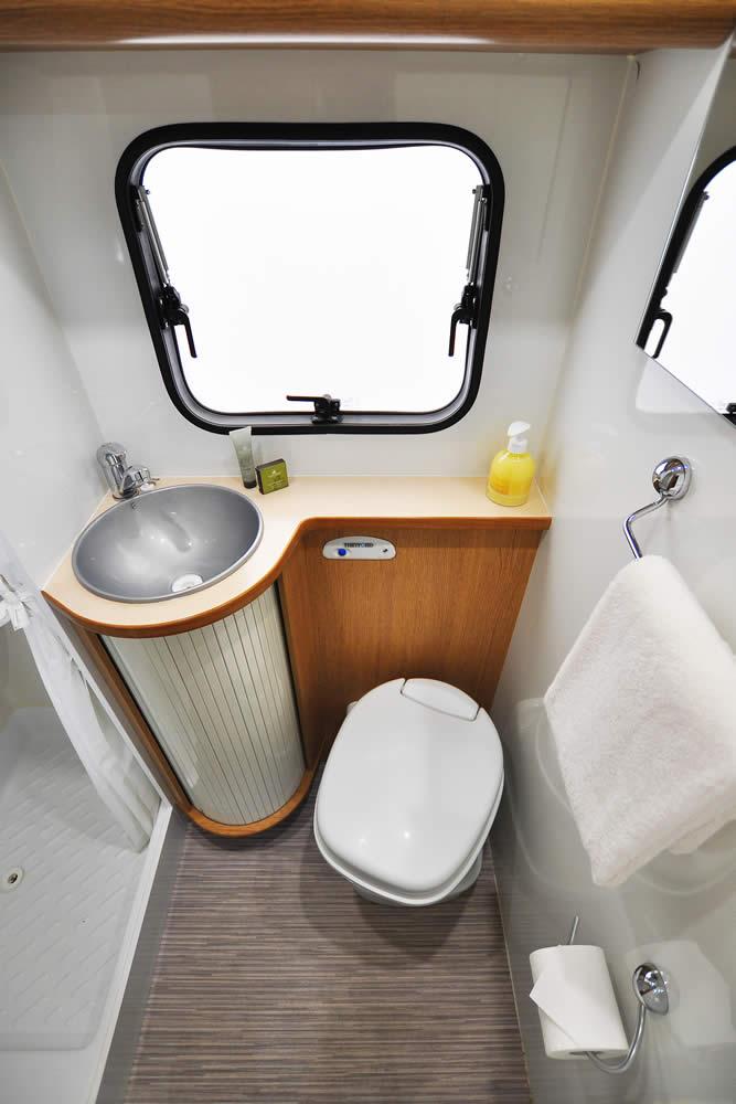 Euro-Voyager motorhome bathroom