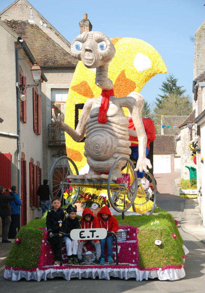 Spring... and it's carnival season somewhere in France!