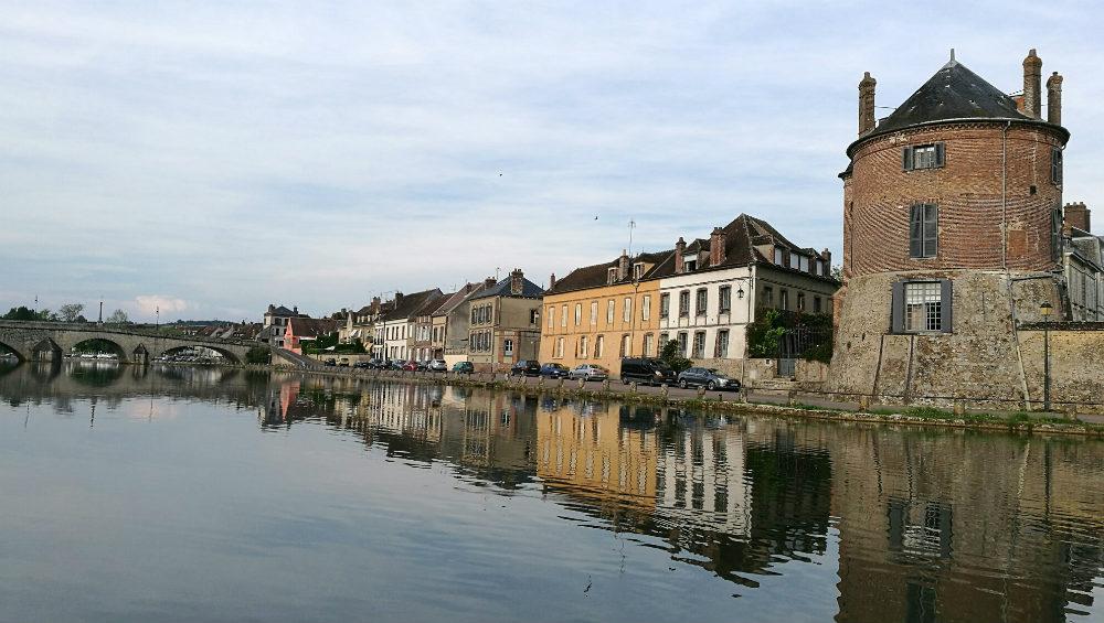 The river quay at Villeneuve-Sur-Yonne, Burgundy, France