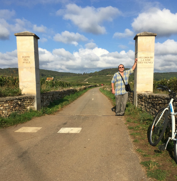 The entrance to a bike trail in Burgundy, France