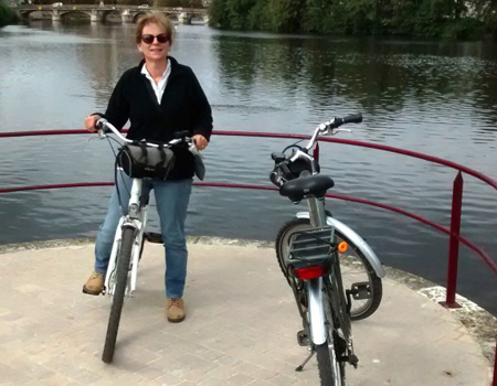 Why electric bikes to hire are cropping up all over France!