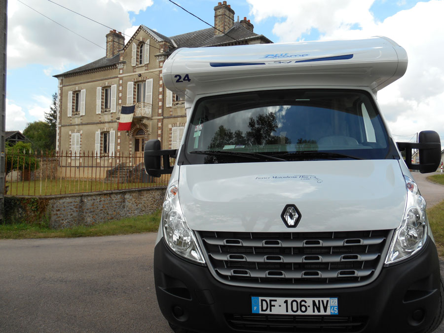 house hunting in France with a motorhome