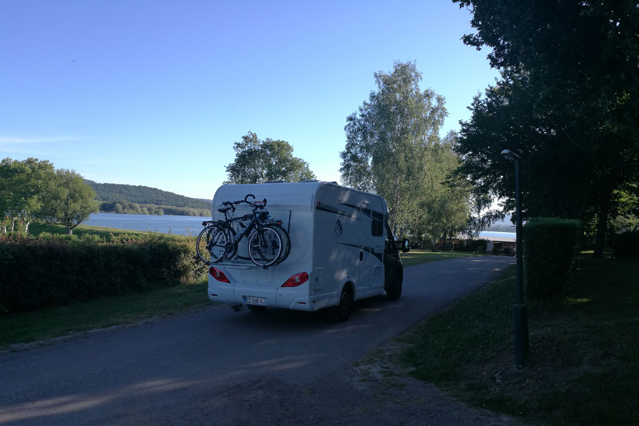 Departing the campsite at Lac de Panthier at sunrise