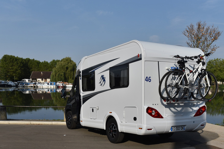 The Knaus 550 MF,a truly compact motorhome for touring Europe