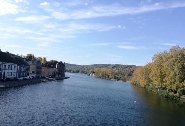 Autumn sunshine in The Yonne Valley at Villeneuve Sur Yonne just 7 kilometres south of The France Motorhome Hire